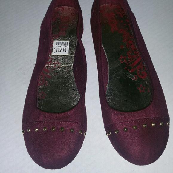 07db53deb67 Women s flat shoes burgundy